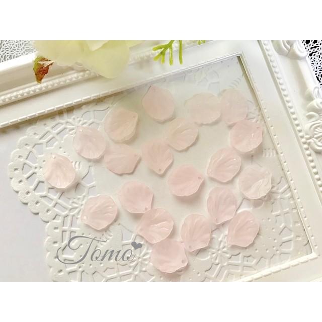 再販 【ピンク20個入り】花びら シーグラス すりガラス アクリルパーツ 葉っぱ 20mm #30206