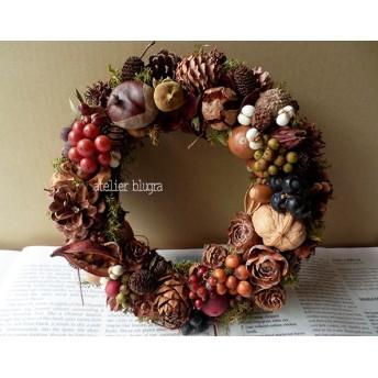 八ヶ岳〜静かな森の木の実Wreath03