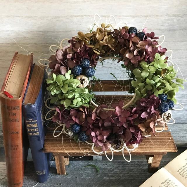 チョコレート色とグリーンのリース Arlette(アレット) プリザーブドフラワー ウェディング プレゼント 母の日 結婚祝い 誕生日 新築祝い