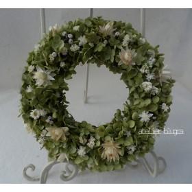 八ヶ岳からアナベルと小花のWreath
