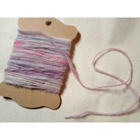手染め手紡ぎの毛糸(1)