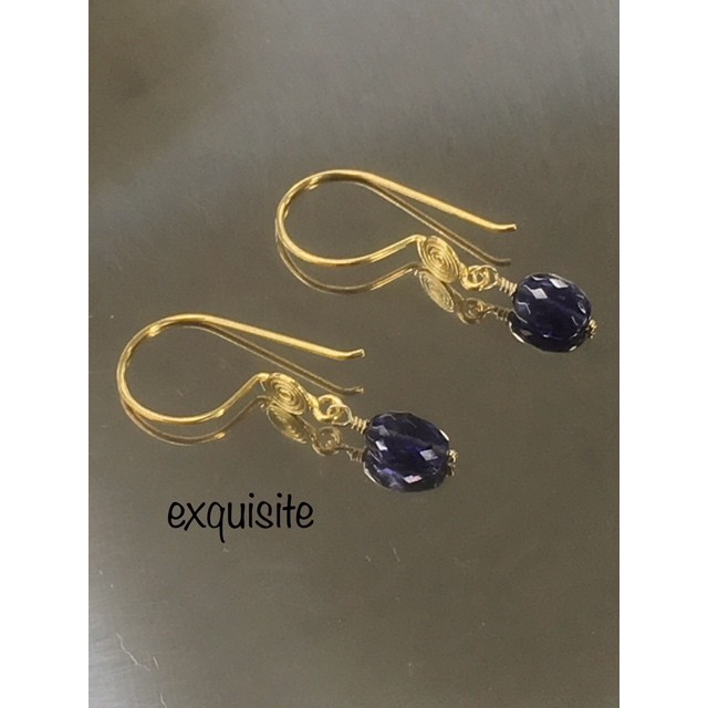 Couleur violette -菫色- ピアス 天然石 アイオライト