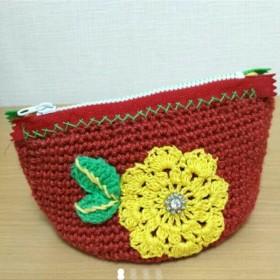 【 送料無料 】 お花のポーチ かぎ針編み