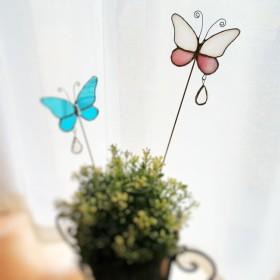 ステンドグラスのガーデンピック(ピンク蝶々)