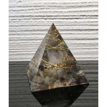 集中力向上★ピラミッド型オルゴナイト ブラックルチル x ラブラドライト