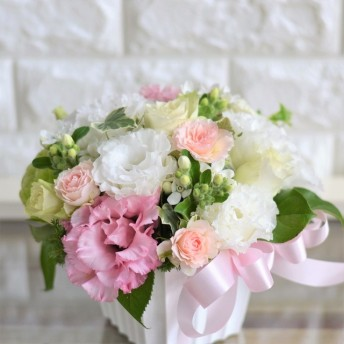 【生花】フラワーアレンジメント ふんわりウエディング