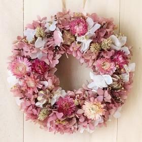 小花たっぷりヘリクリサムリースM リースボックス付 プリザーブドフラワー ウェディング プレゼント クリスマス 結婚祝い 誕生日 新築祝い ピンク