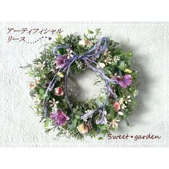 ピンクの小花のミニリース(fw050)*玄関ドアなど外にも飾れるアーティフィシャルリース*