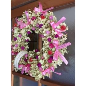 お花屋さんが作ったライムアナベルのドライリース Noピンクの蝶々