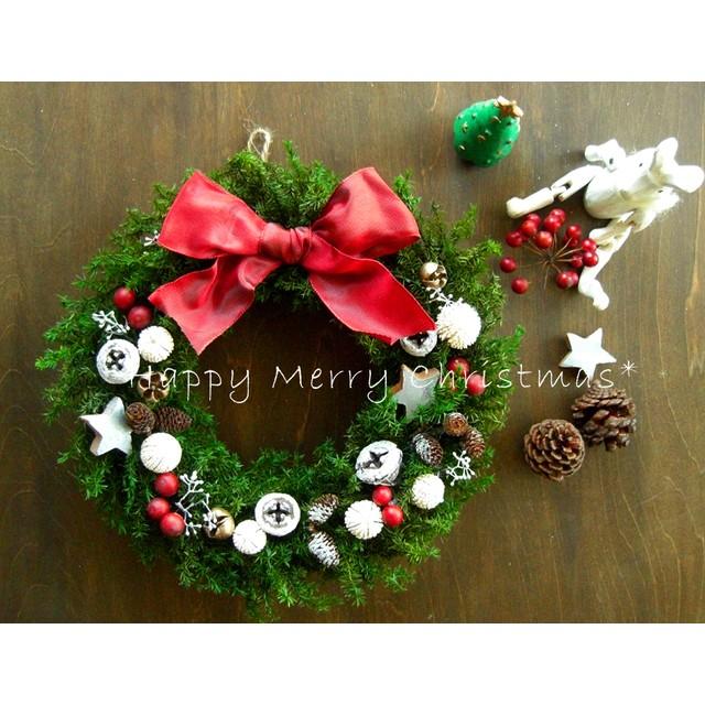 再販☆ホワイト&レッドのフォレストグリーンのクリスマスリース~ミドル