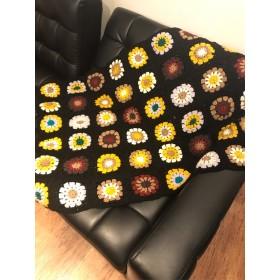 プレゼントにも★手編みのお花ブランケット
