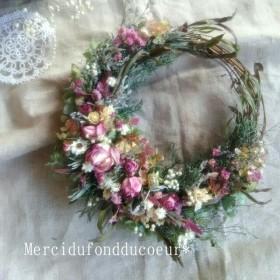 天然アロマが香る*秋色紫陽花と水無月のローズwreath.ドライフラワーリース