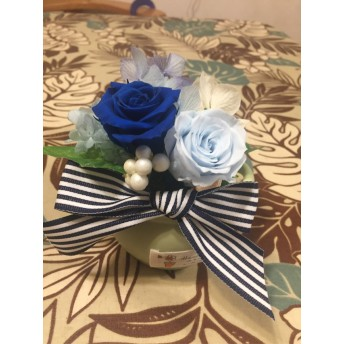 青い薔薇と紫陽花のブリザード