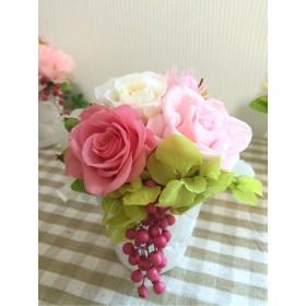 ピンクのバラのプリザーブドフラワー