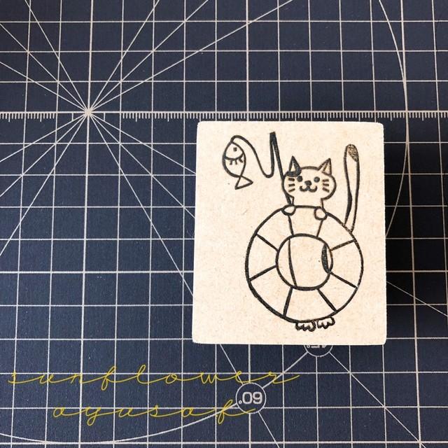 浮き輪ネコ スタンプ