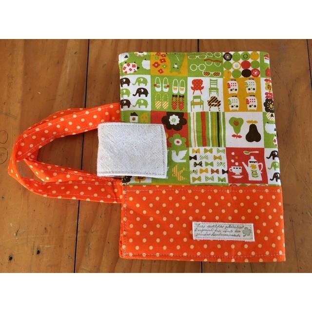 動物鳥イスや靴などの柄とオレンジ色水玉の辞書ケース 通販