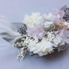 /// スモークグレーあじさいとユーカリの大人ウェディングヘッドドレス/おしゃれ結婚式の髪飾り