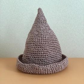 スモーキーピンクな麦わらとんがり帽子