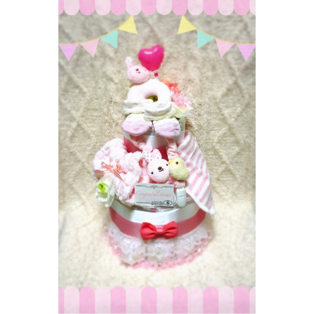 うさちゃんラトル付きキュートな女の子2段ケーキ