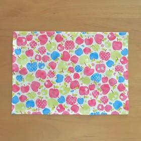 カラフルりんごのランチョンマット