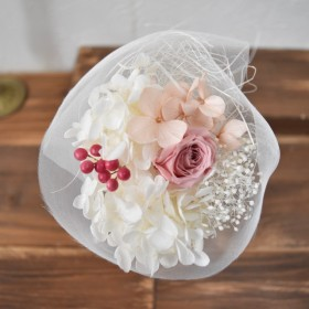 petit tulle bouquet with pink rose pk