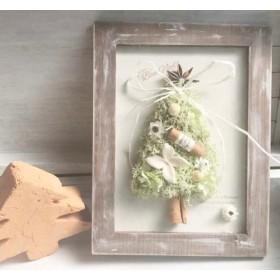 クリスマス風味のモスツリー