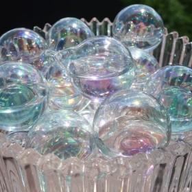 パープルガラスシャボン玉チャーム*1個 クリア 透明 大ぶり オーロラ 夏 バブル
