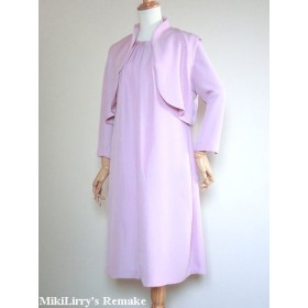 着物リメイク 地紋がはいったピンク色の色無地からのタックワンピース(ボレロつき)