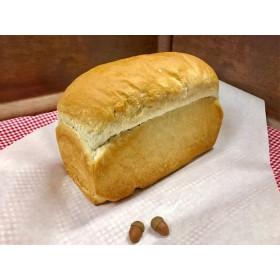 絵本の世界から!国産どんぐり食パン【食品】