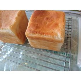 【送料無料】グルテンフリー米粉食パンの3個セット