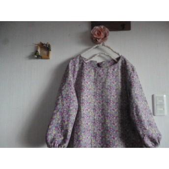 綿麻小花柄のAラインワンピローズカーペット