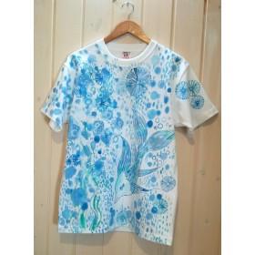 フリーサイズ♪夏を泳ぐ魚☆手描きTシャツ