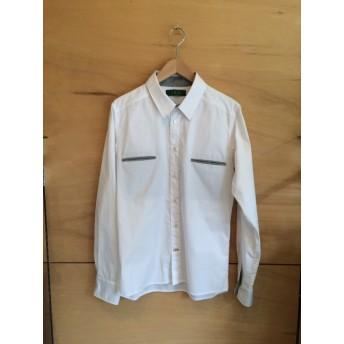 メンズ白×グレーシャツ