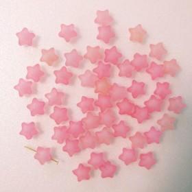 【再再販!】春 すりガラス風 スター ビーズ さくらピンク 両穴 30個