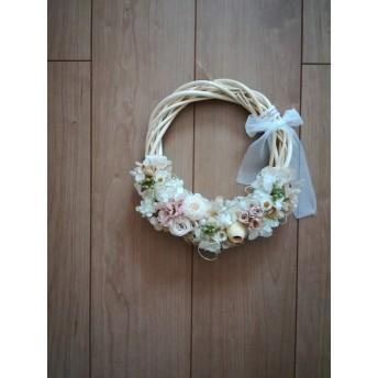チュールリボンと優しい花々のwreath