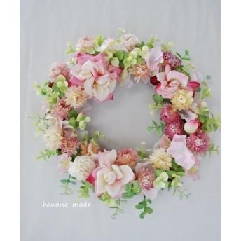 angel smile: rose wreath