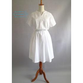 【凹凸綿★サッカー】ホワイトウエストゴム入りシャツ風ワンピース
