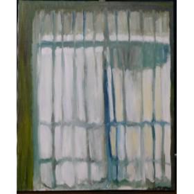 サッシと洗濯物の影が透けて見えるカーテン
