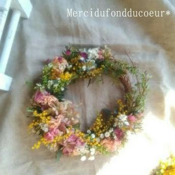 春の草花とミモザの三日月wreath・ドライフラワーリース・ミモザリース