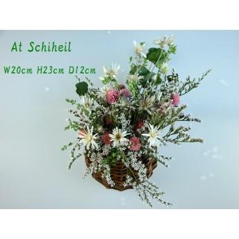 半月デッカーに盛り花、、、、、、