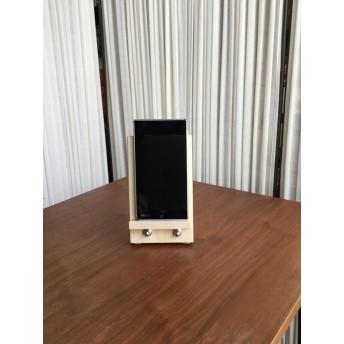 木製 携帯スタンド シックなフォルム