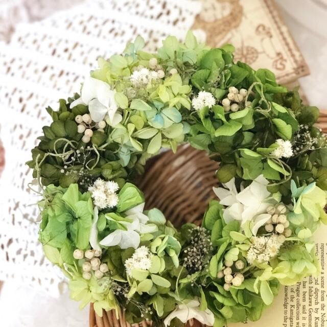 初夏のグリーンリース(アナハリス) * フラワーリース 夏 リース 結婚祝い 誕生日プレゼント 引越し祝い プリザーブドフラワー