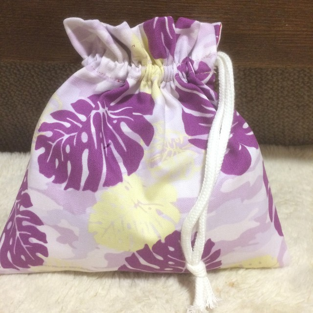 ハワイアン ミニ巾着 《モンステラ紫》