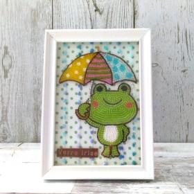 ビーズ 傘をさしたカエルちゃんと雨粒のフレーム/ケロちゃん