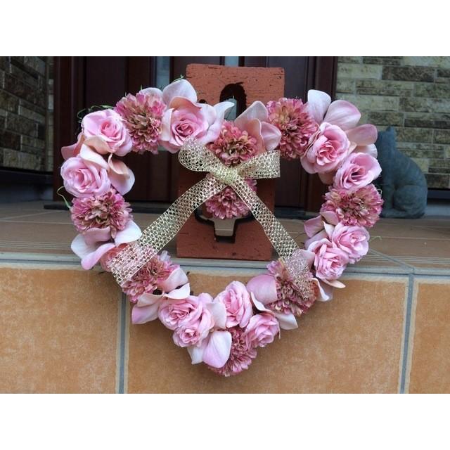 No. wreath-14499/★ギフト/花/玄関リース★/アートフラワー・ハート型リース(3)/春/バレンタインデー/26x30cm