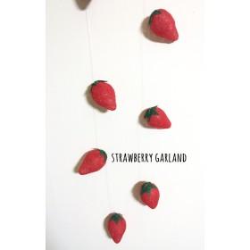 苺ガーランド
