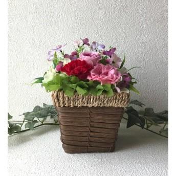 ピンクの薔薇と赤いカーネーションのアレンジ♪母の日桃色プリザーブドフラワー花ブリザードフラワー結婚式誕生日プリザ薔薇プレゼント誕生日バラギフト花器サプライズ結婚祝い退職祝い卒業祝いリボン