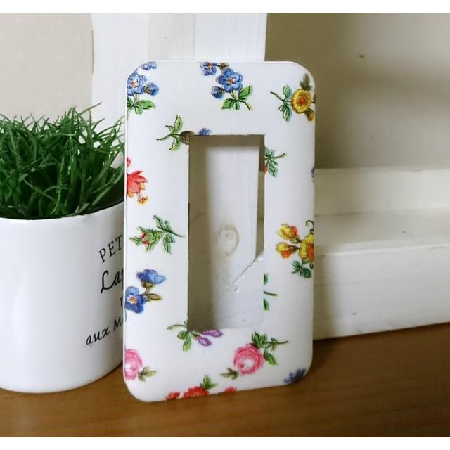 取り付け簡単おしゃれ!小花柄3口タイプ 大人インテリア 北欧家具 カントリー