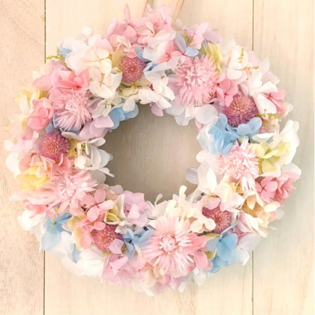 優しい色合いリースM リースボックス付 プリザーブドフラワー ウェディング プレゼント クリスマス 結婚祝い 誕生日 新築祝い ピンク