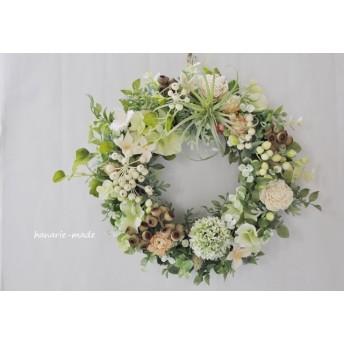 エアプランツとアンバーナッツ:wreath